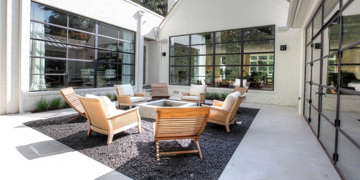 siegel construction siegel design specializes in atlanta buckhead design with this minimal and elegant sunken courtyard